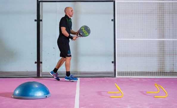 tecnica padel entrenamiento prevenir lesiones